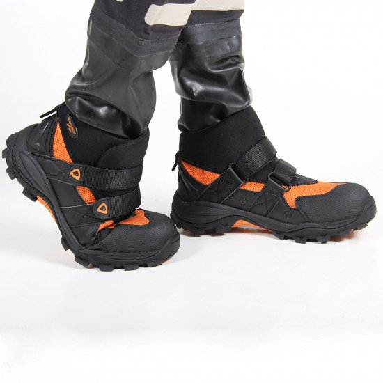 V2 freestyle safety boots for water rescue teams